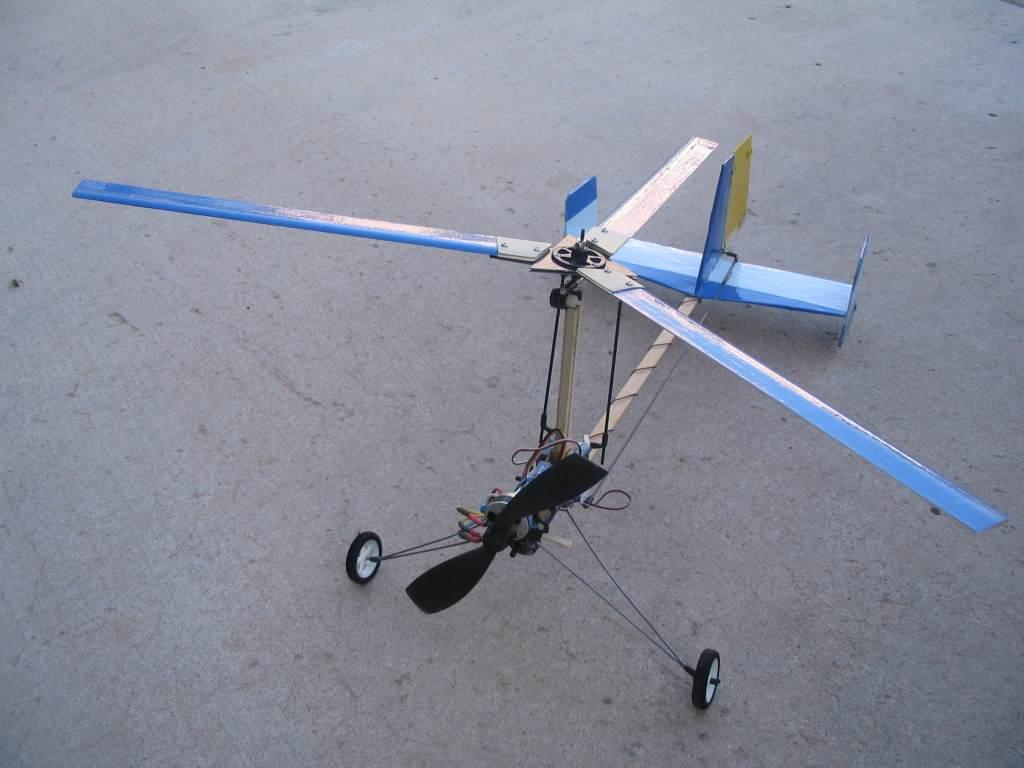 Mario's Trainer RC autogyro (2007)   Model Flying